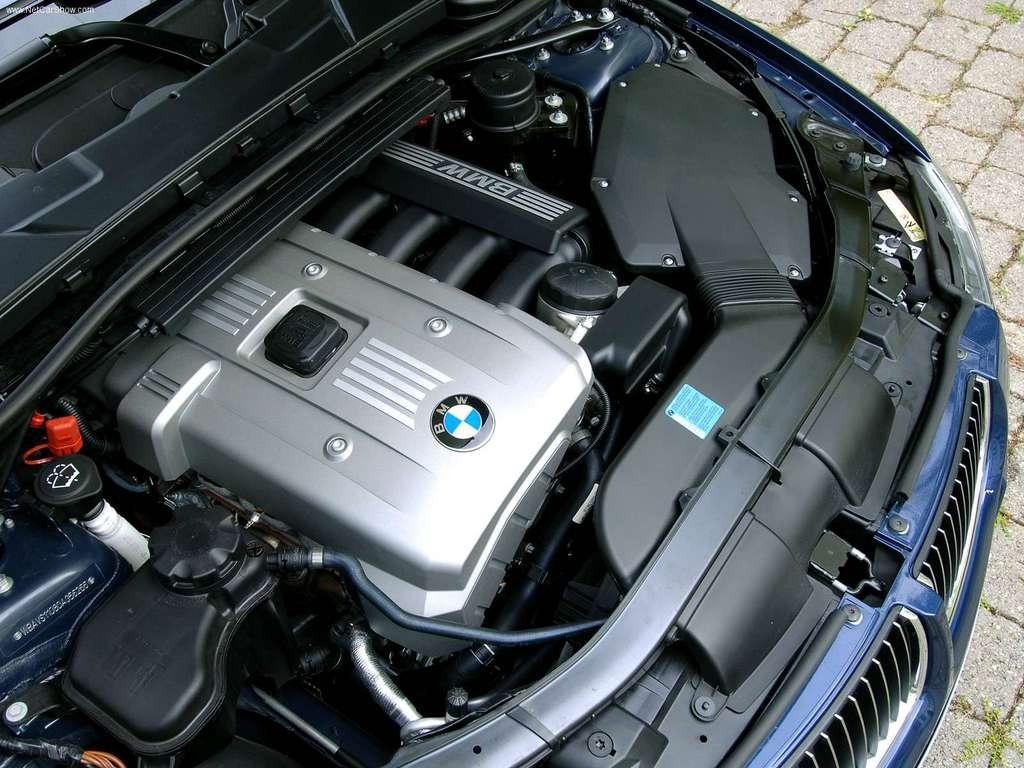 BMW-325i_Touring-2006-1024-35