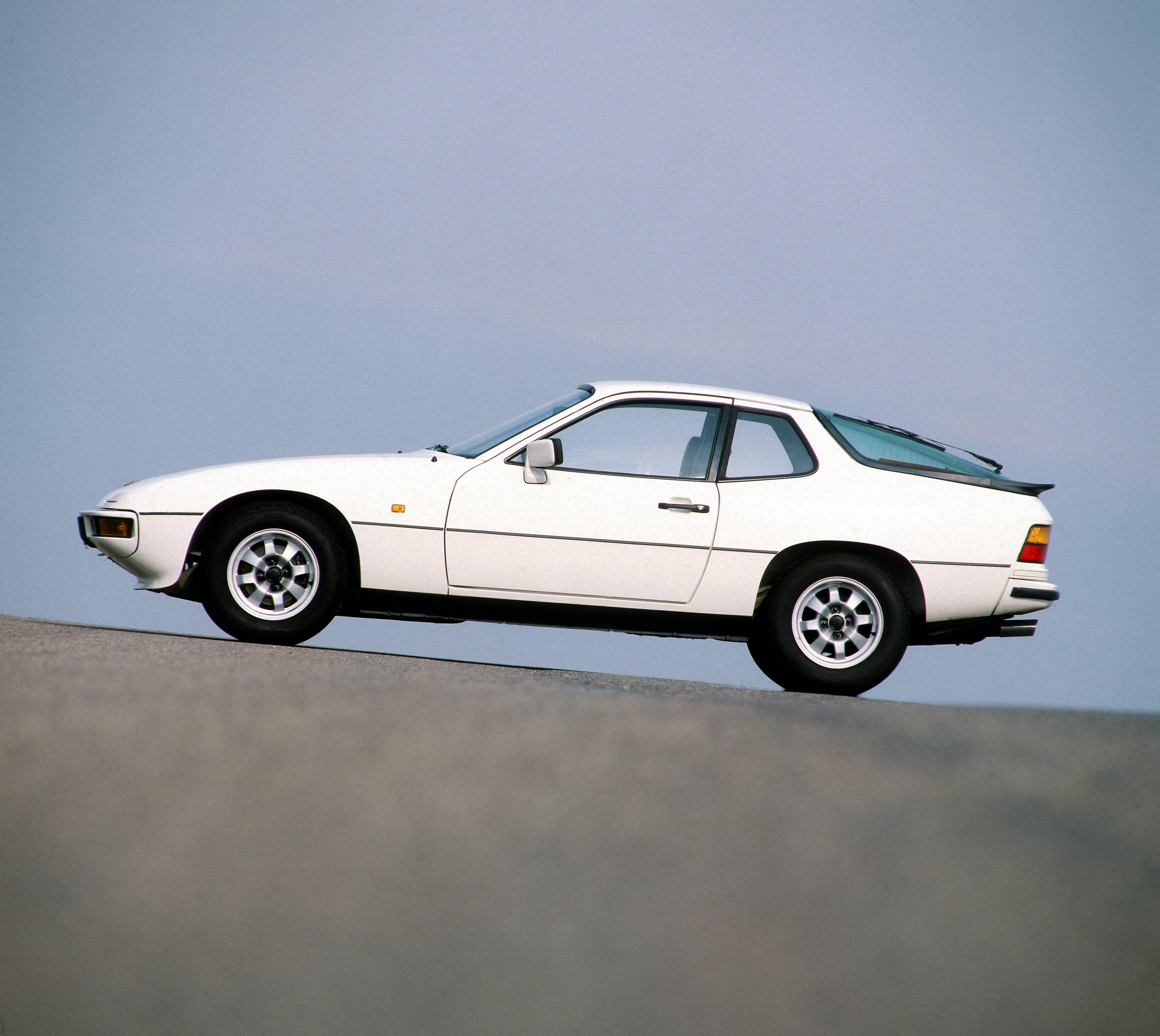 Affordable Vintage Models Porsche 924 profile