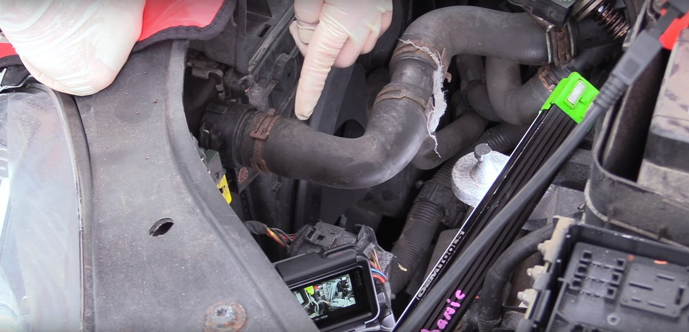 How To Replace Cooling Fans On An MK5 Volkswagen Golf GTI