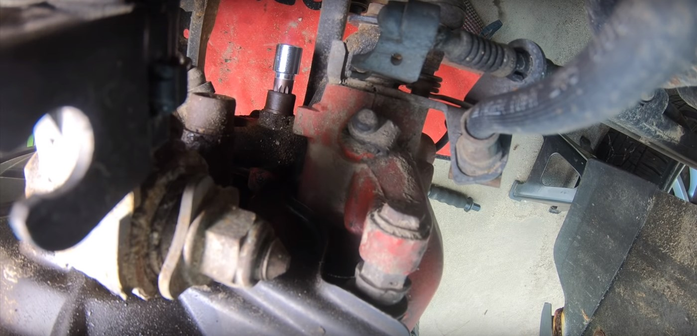 14mm Caliper Bolt Removal
