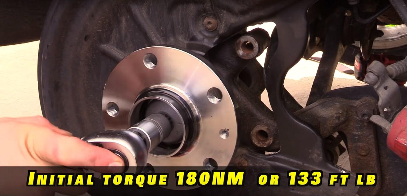 Rear Wheel Hub Bolt Torque