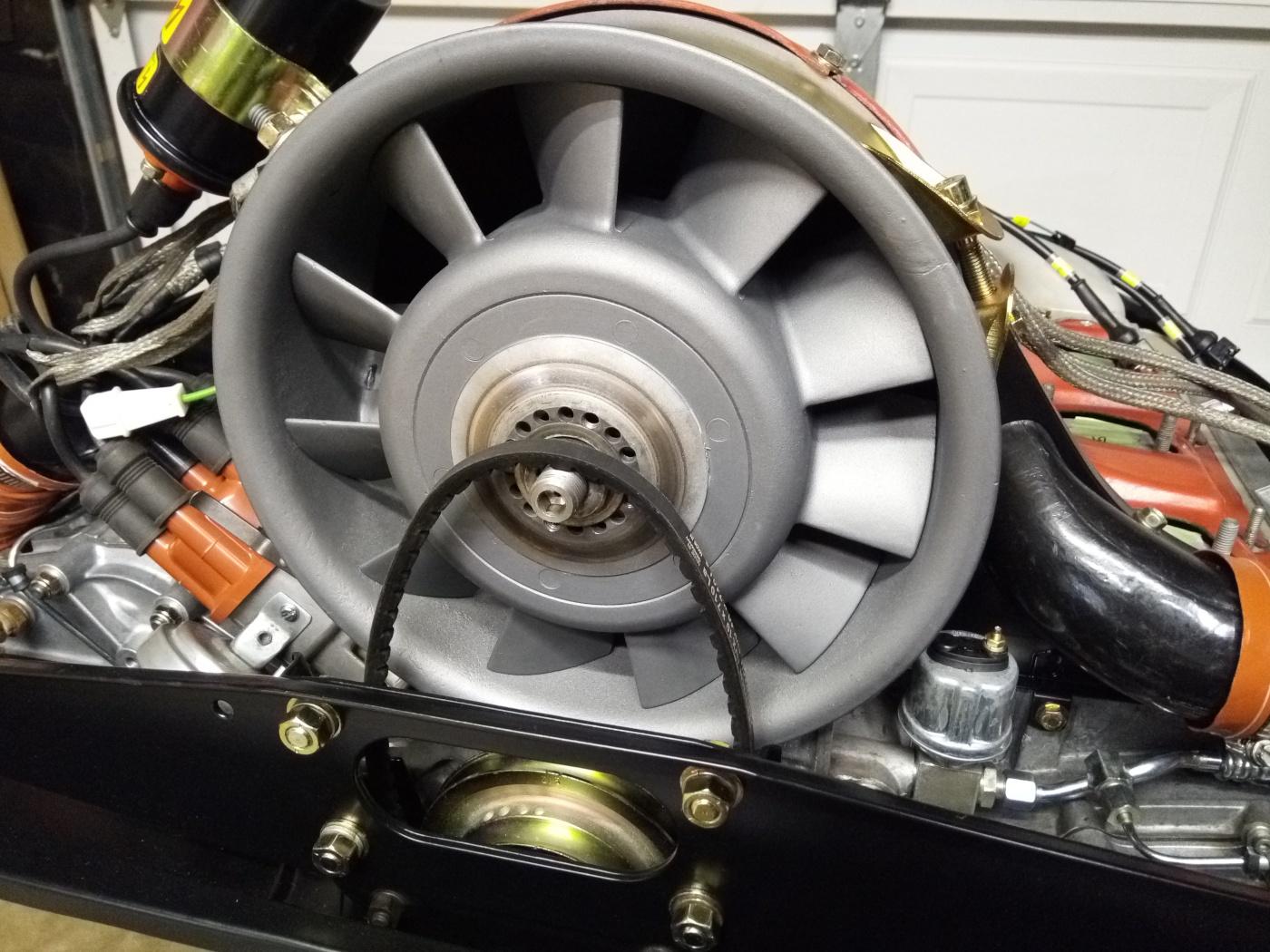 Air-cooled Porsche 911 fan belt loosened