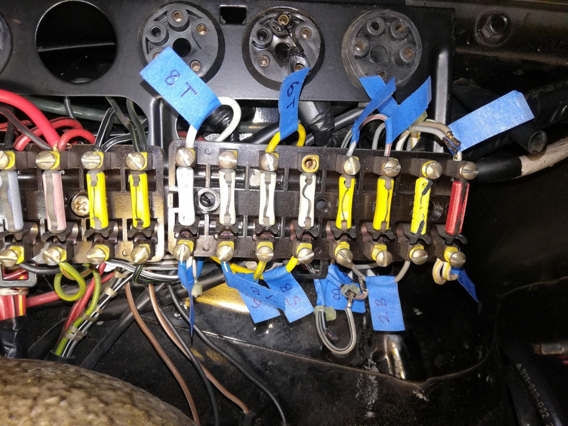 Air-cooled Porsche 911 Fuse Block