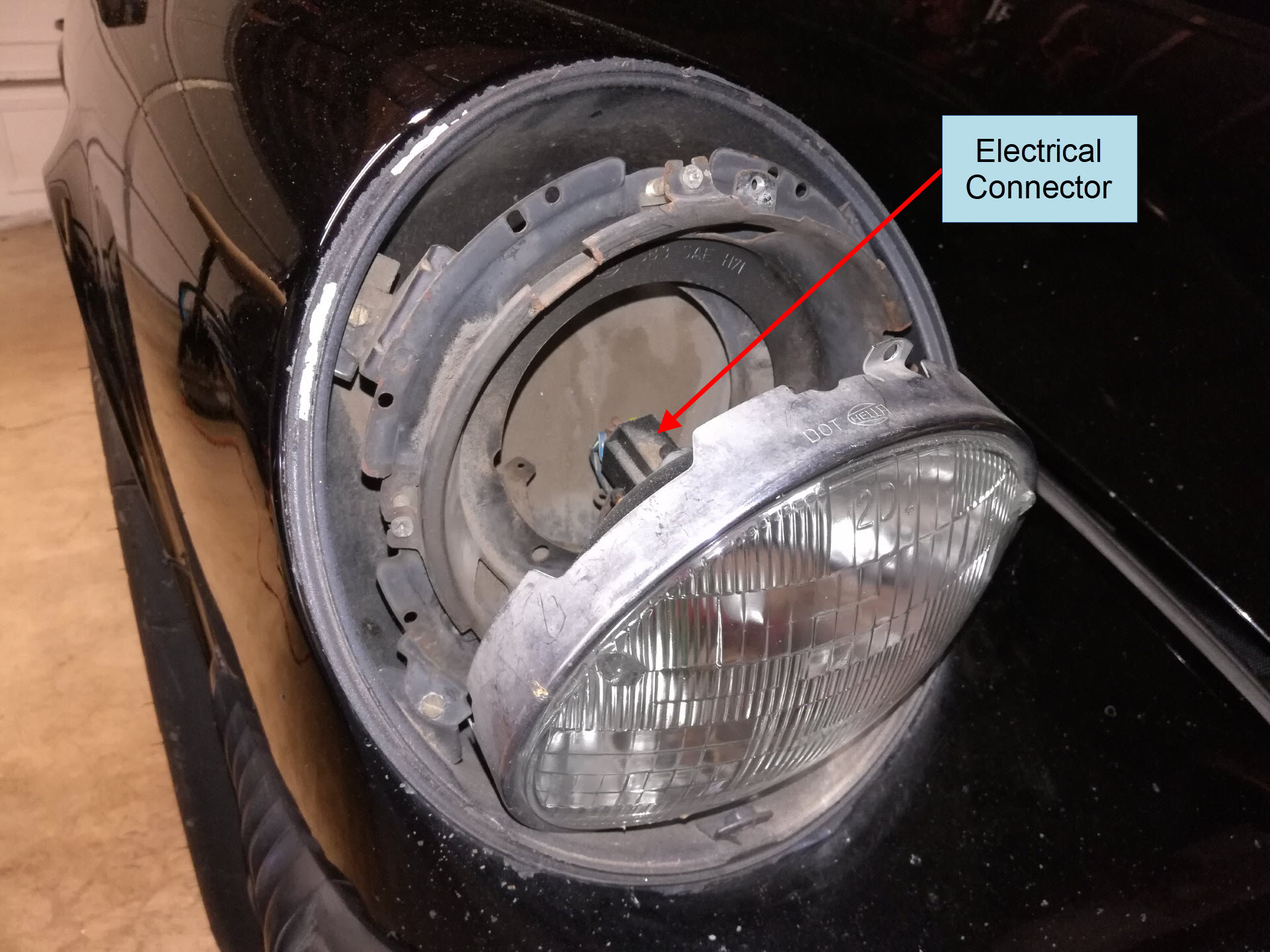 Air-cooled Porsche 911 Headlight Removal