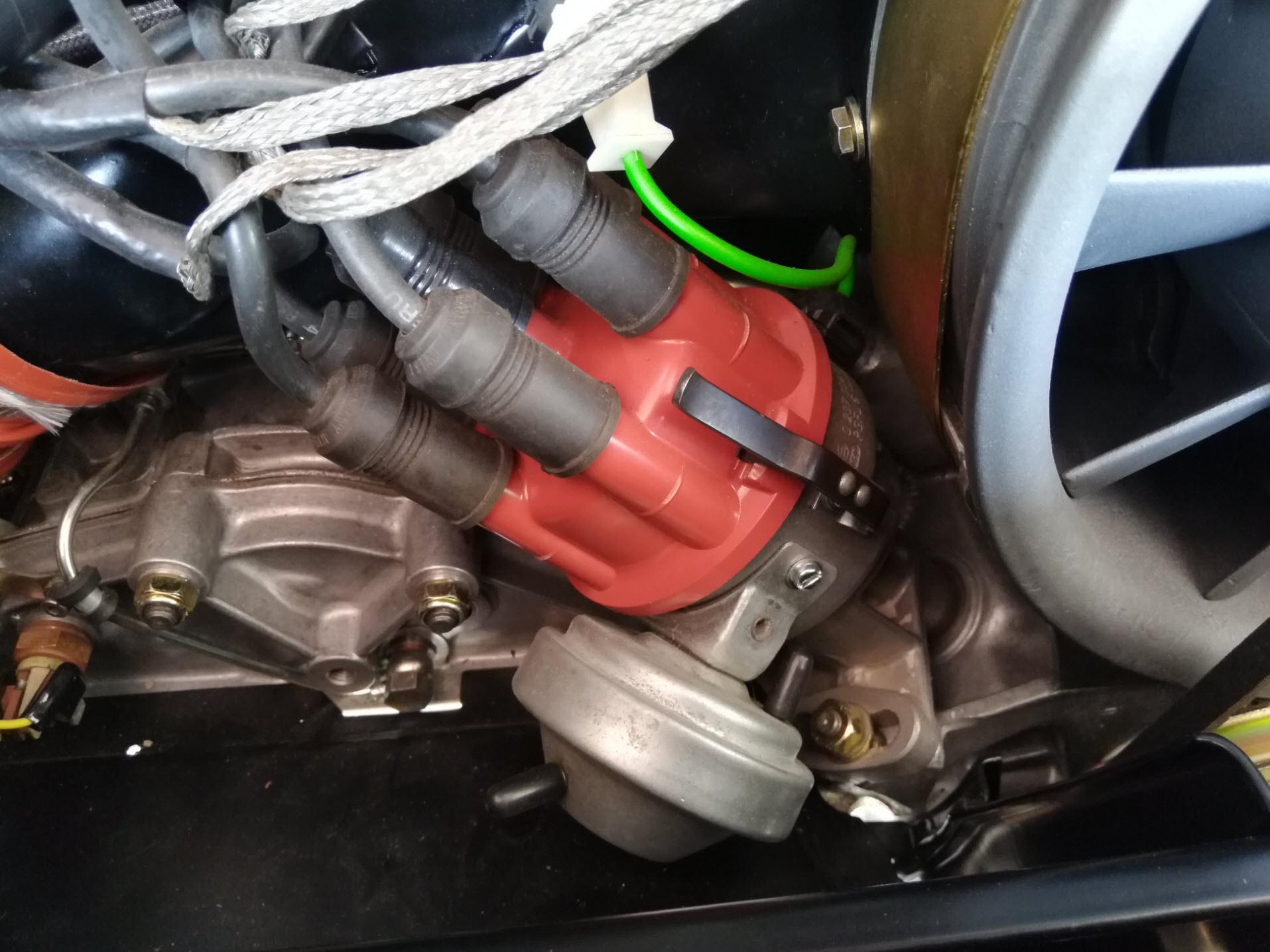 Air-cooled Porsche 911 distributor.