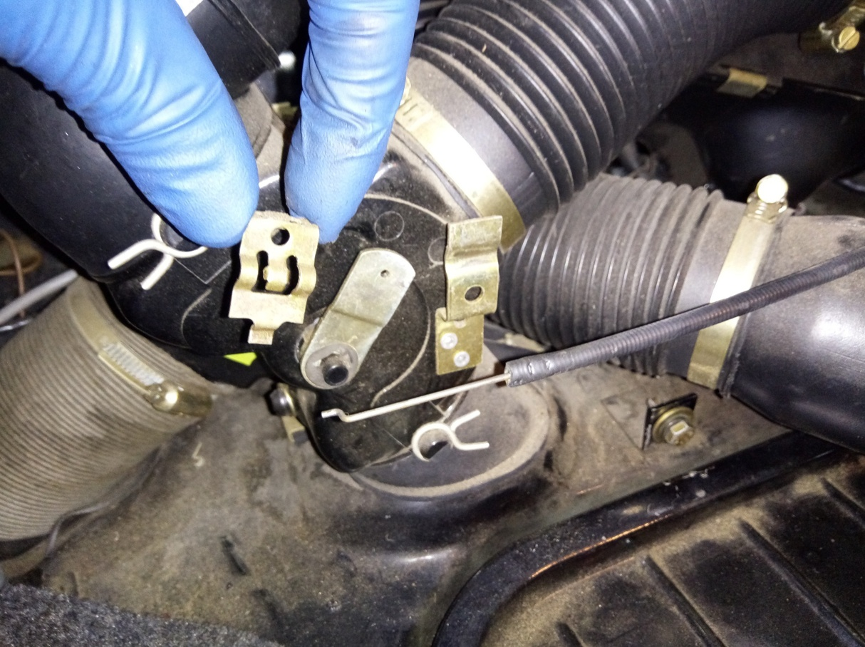 Air-cooled Porsche 911 heater control cable removal.