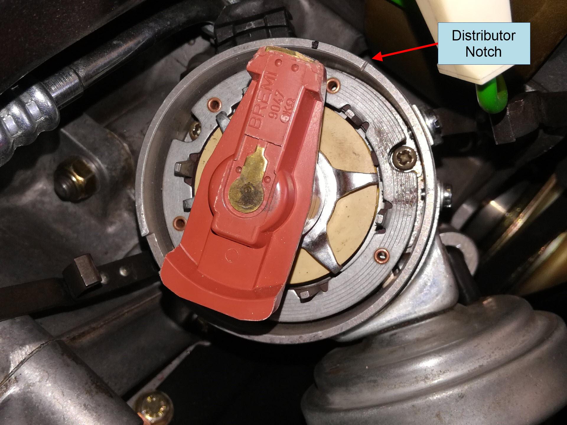 Air-cooled Porsche 911 distributor at TDC cylinder 1