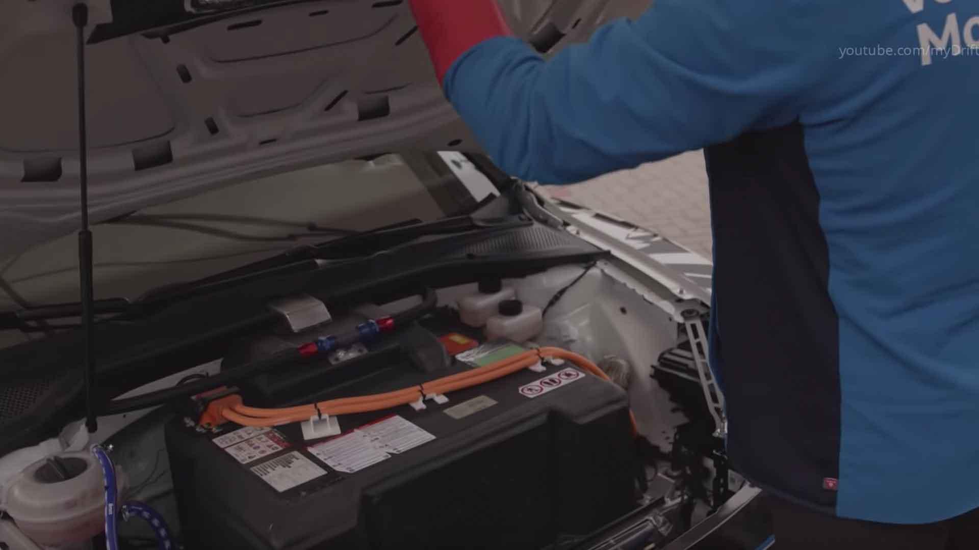 volkswagen-gti-tcr-idr-electric-prototype-2