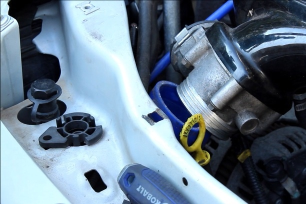 How to Install a Porsche Throttle Body on a P1 Volvo
