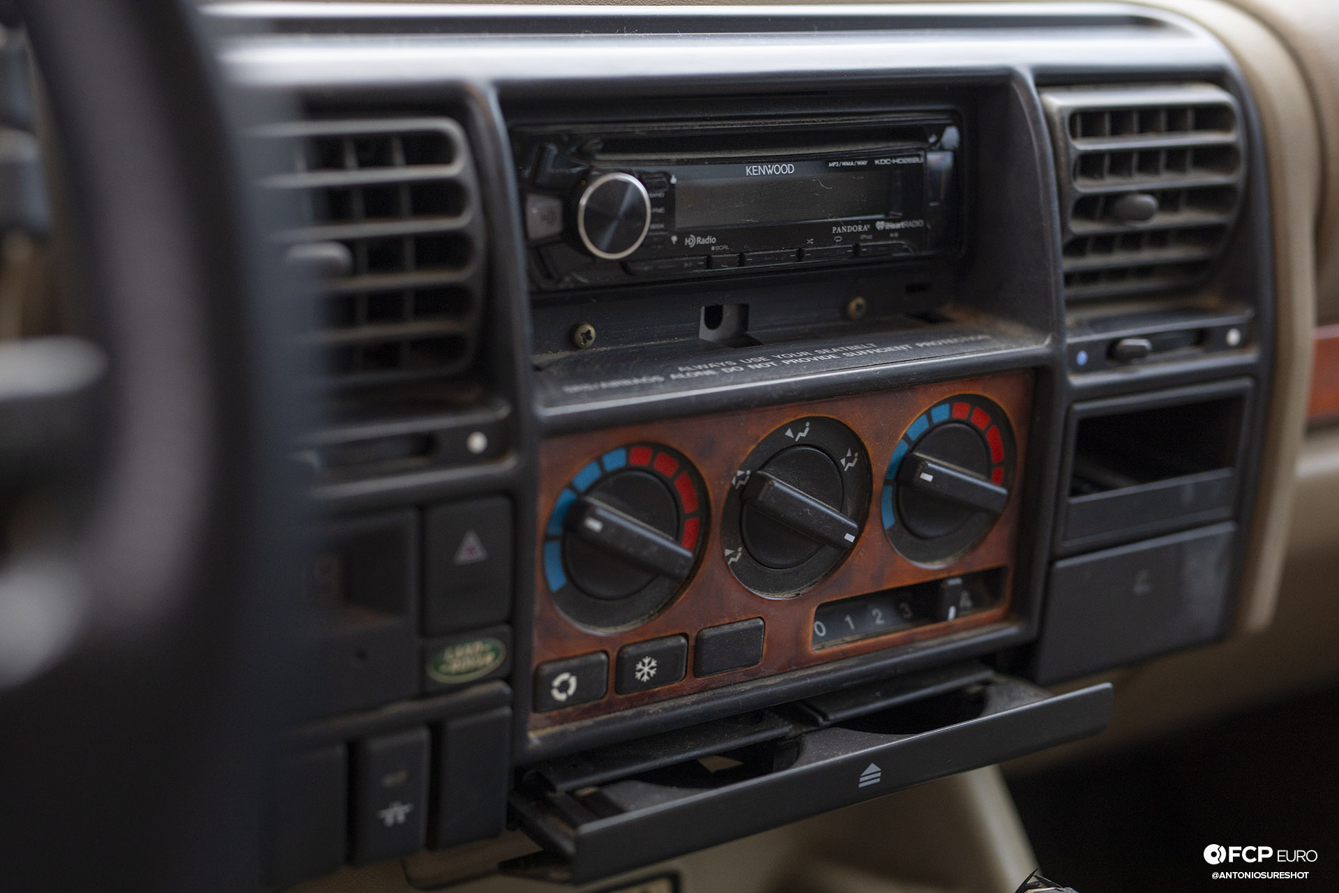 Land Rover Discovery SD Kenwood EOSR1703