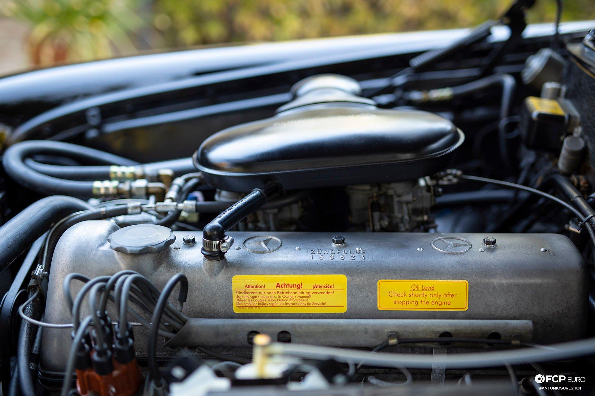 Mercedes Benz 220S Heckflosse Fintail W111 Belinda Benzo EOSR1654