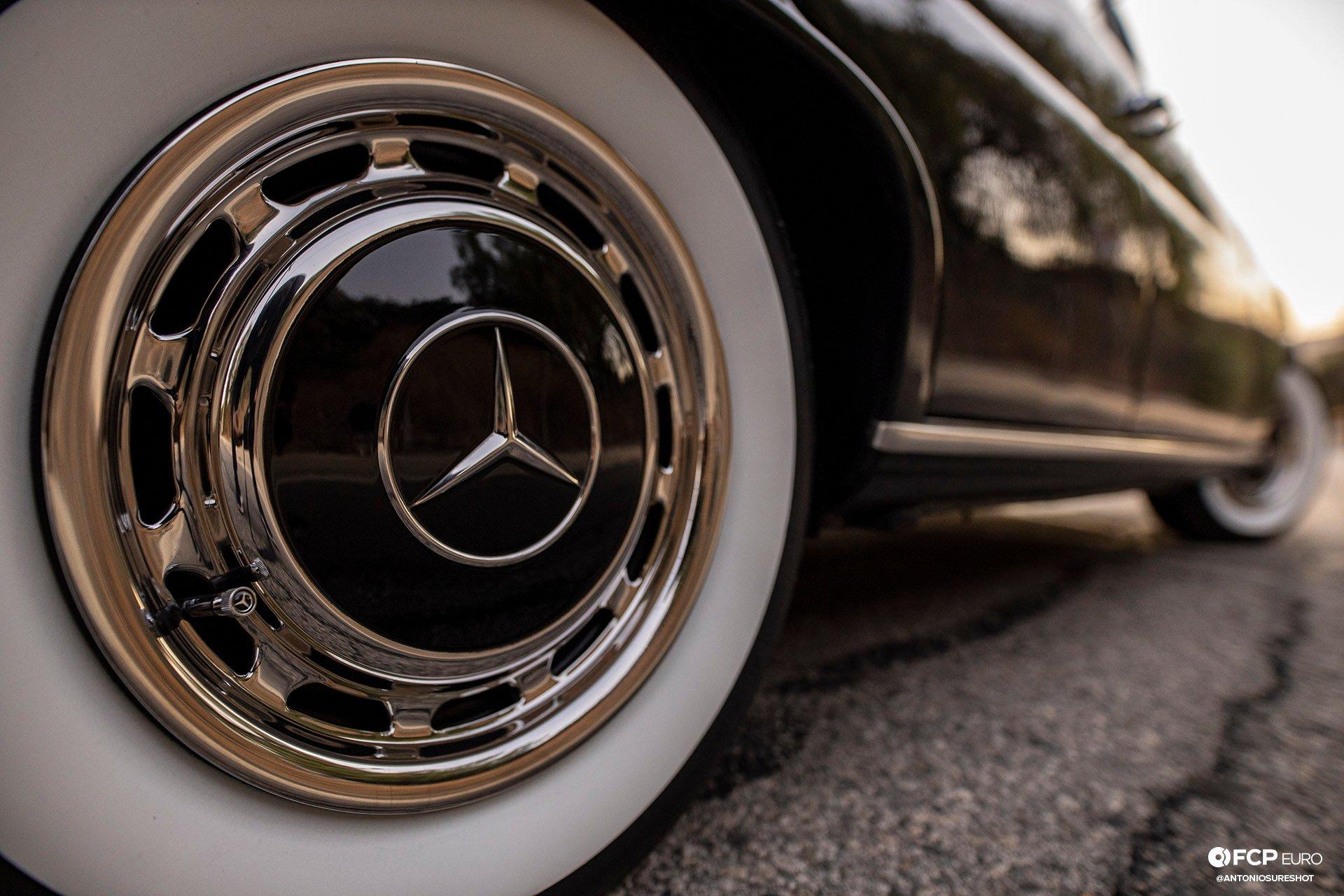Mercedes Benz 220S Heckflosse Fintail W111 Belinda Benzo EOSR1981