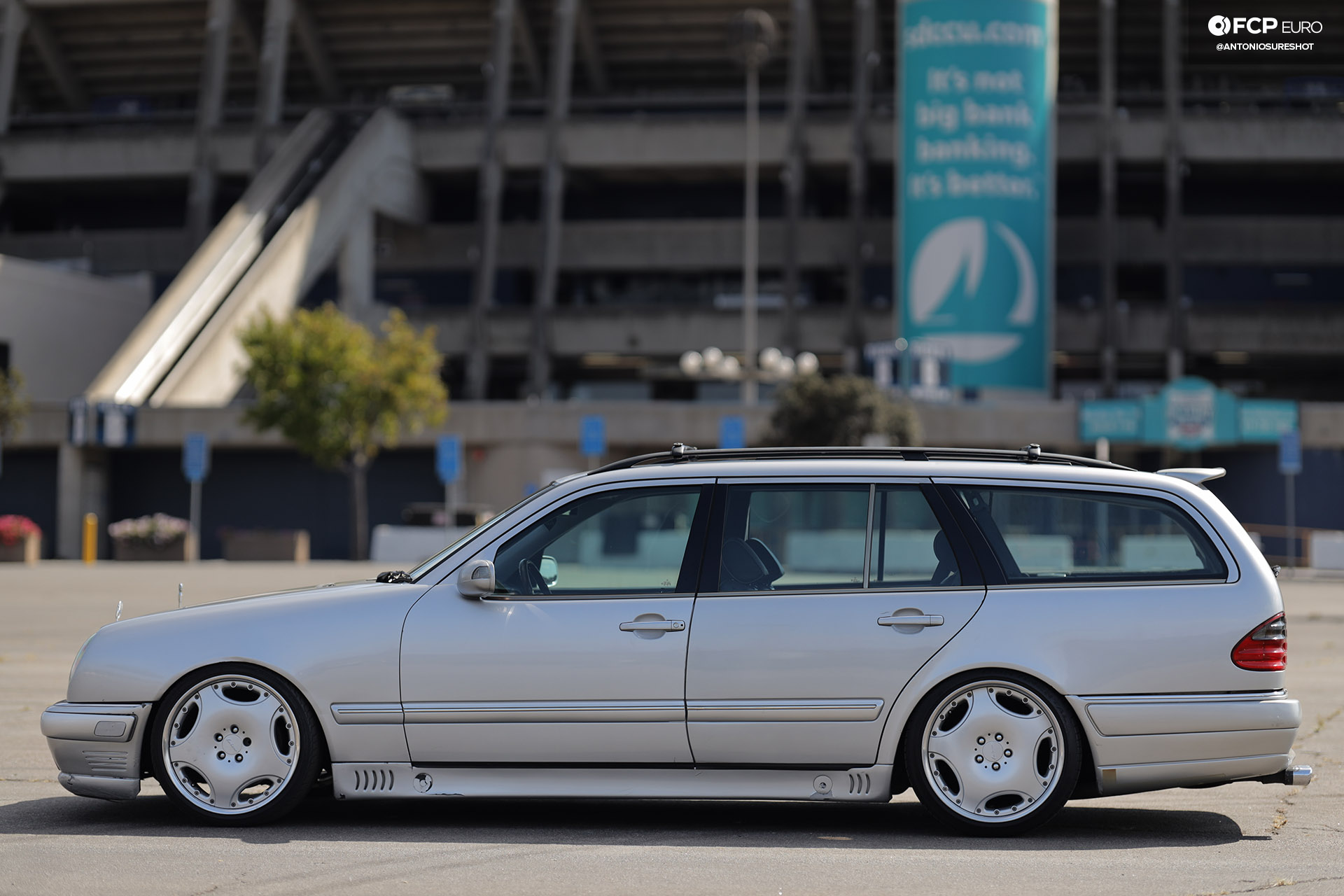 Mercedes Benz AMG E55 swapped E320 wagon 1920wm EOSR2600