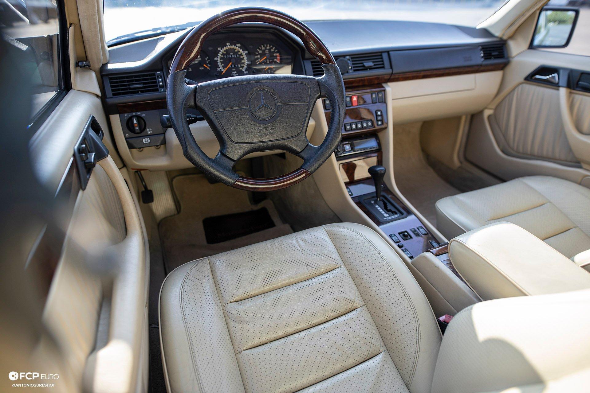Mercedes Benz Porsche 500E EOSR7914