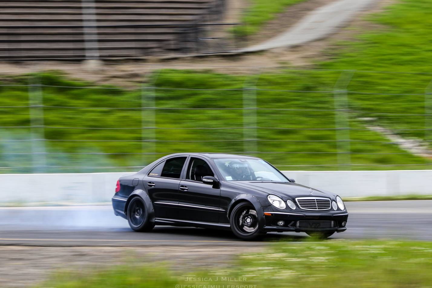 Mercedes-E55-AMG-Drift-Car