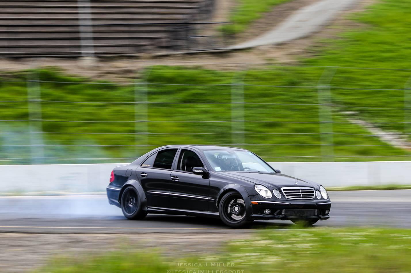 Mercedes-E55-AMG-Drift-Car