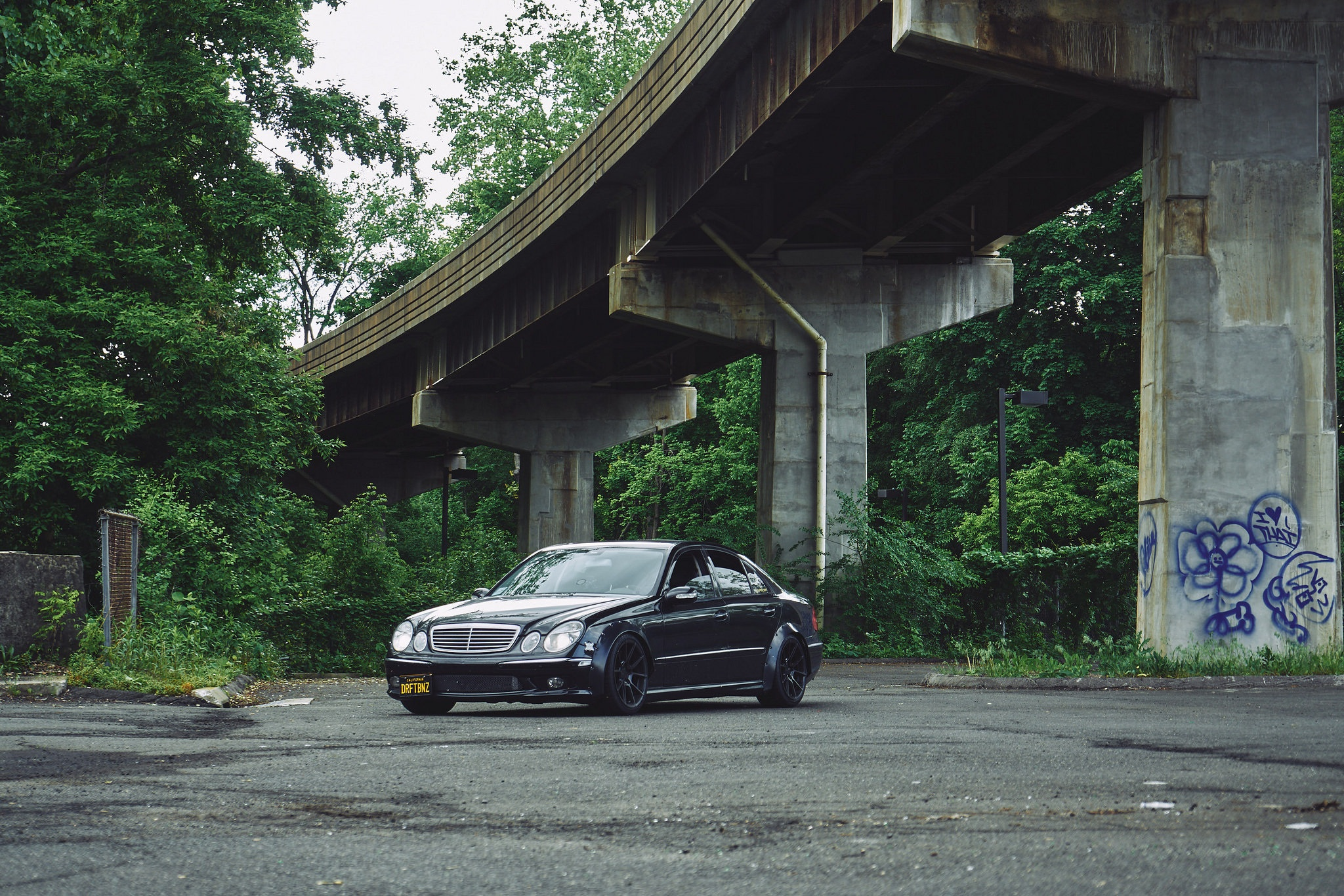 Mercedes-E55-AMG-Widebody
