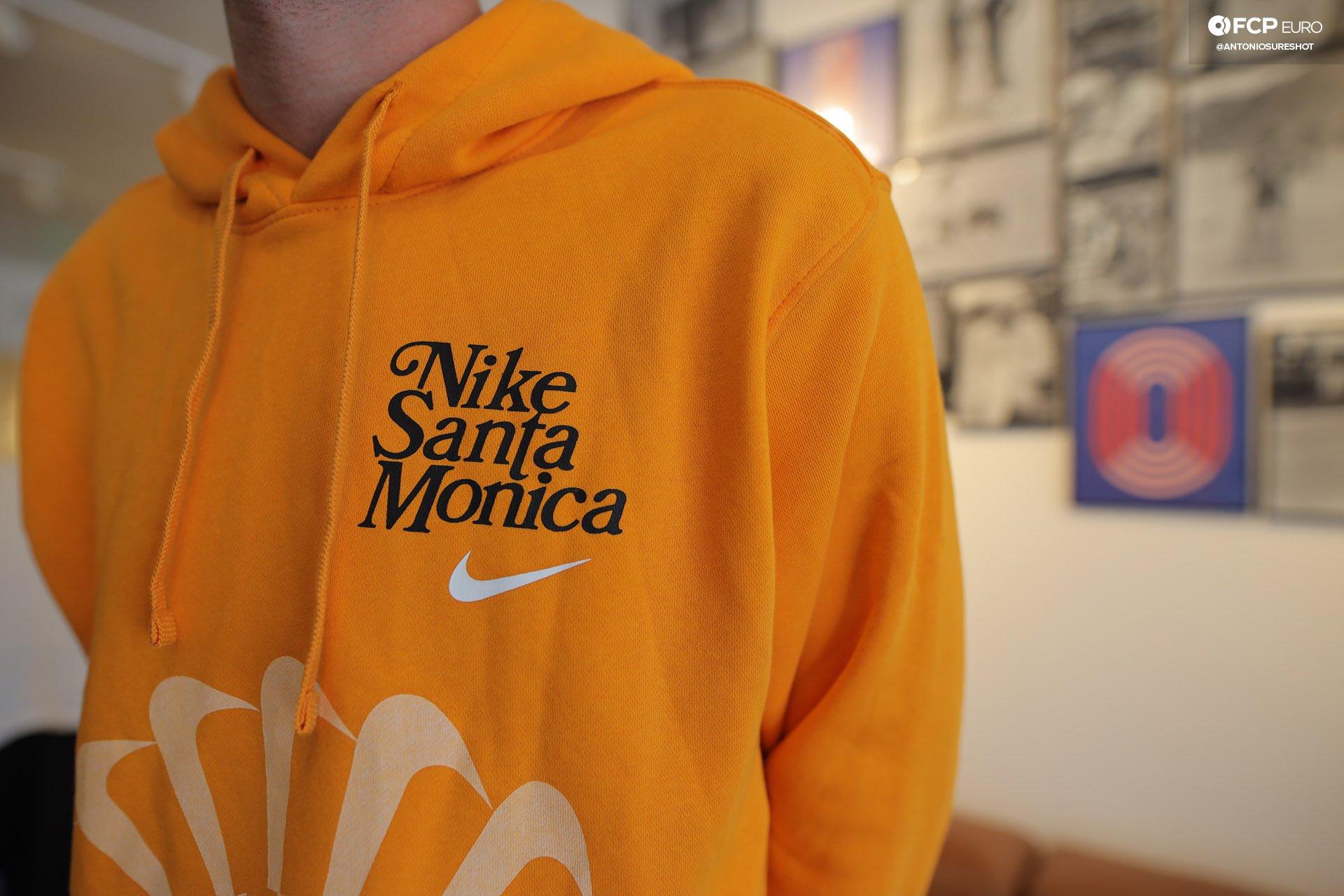 Nike Blue Ribbon Sports Santa Monica Phil Knight EOSR9283