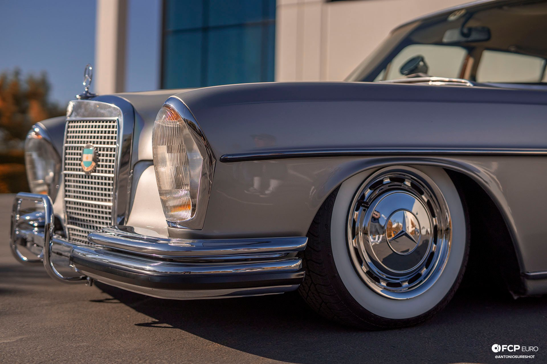 RHD 1972 Mercedes W108 280SE EOSR9795