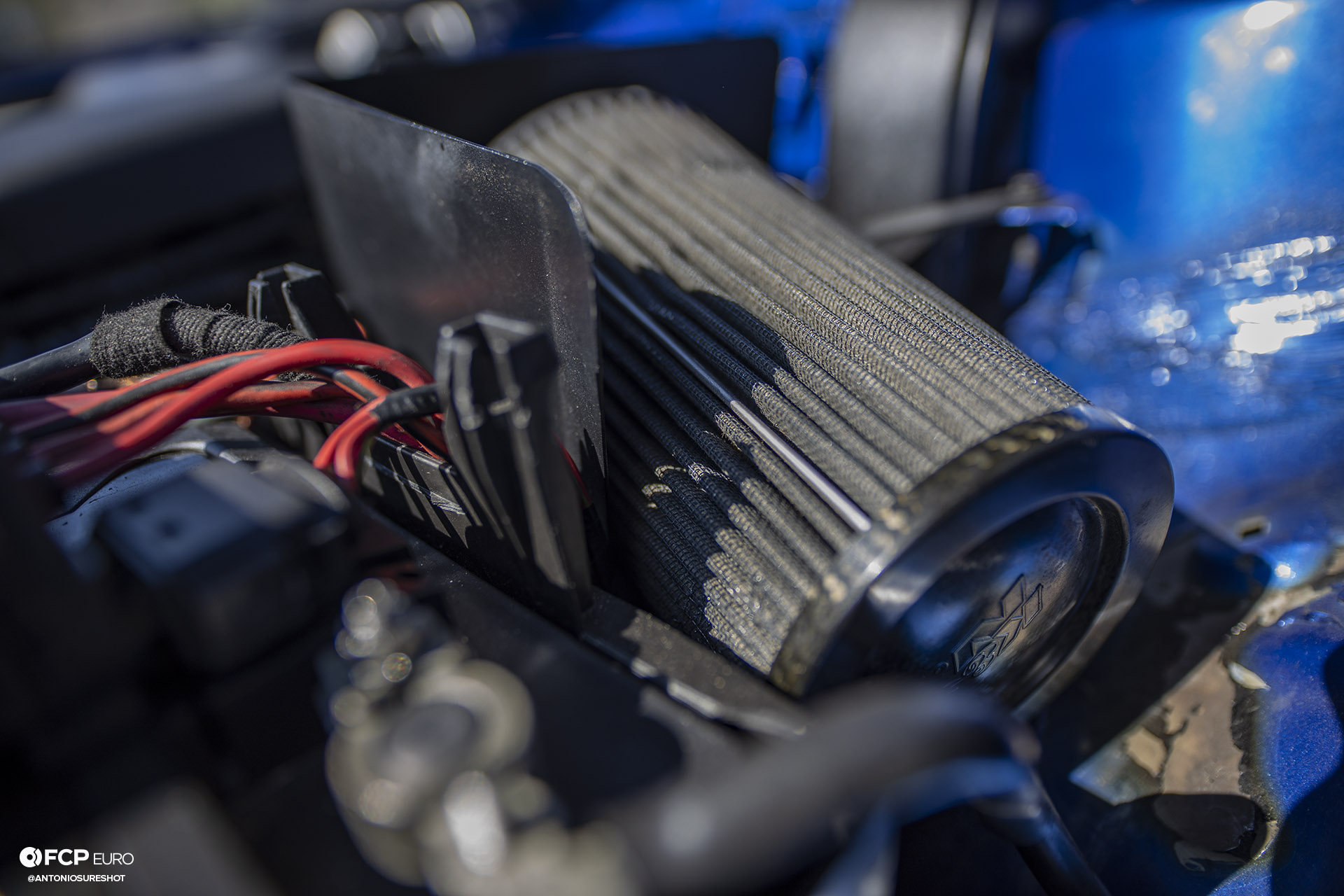 MK4 Volkswagen Golf R32 Deep Blue Pearl Air Ride Engine Bay