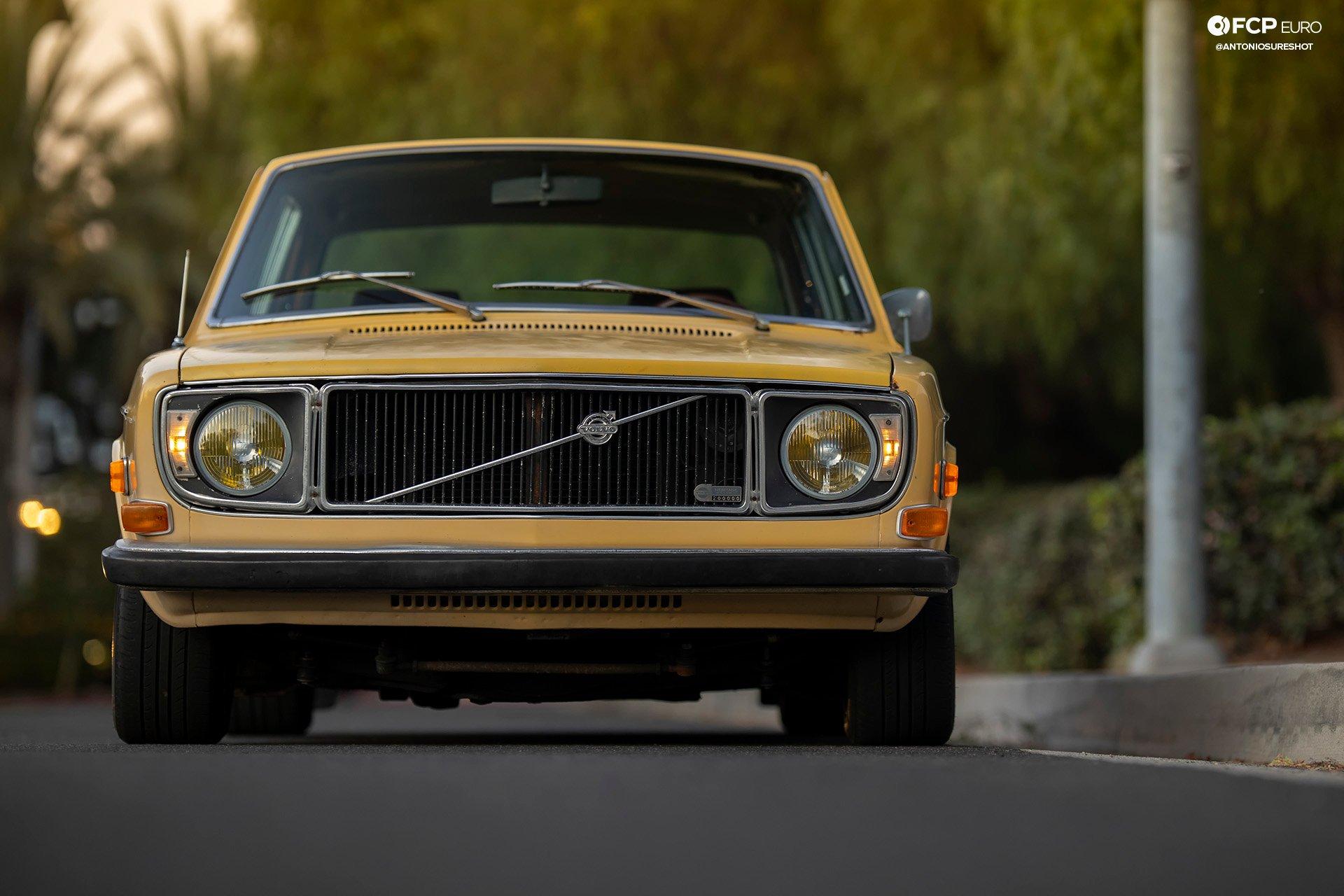 Volvo 142S Gotti Wheels EOSR0593 crop