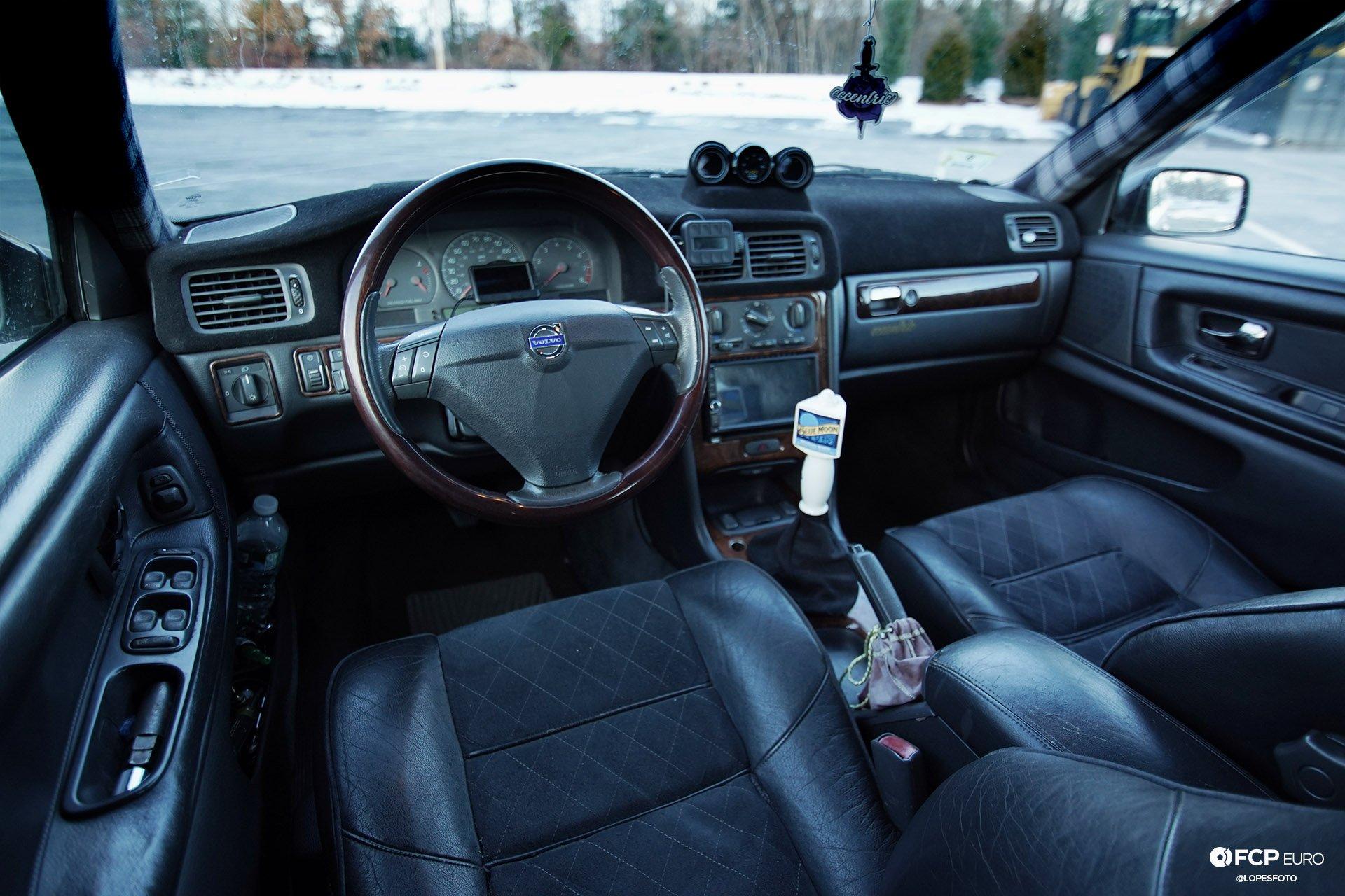 Volvo S70 T5M Turbo Interior