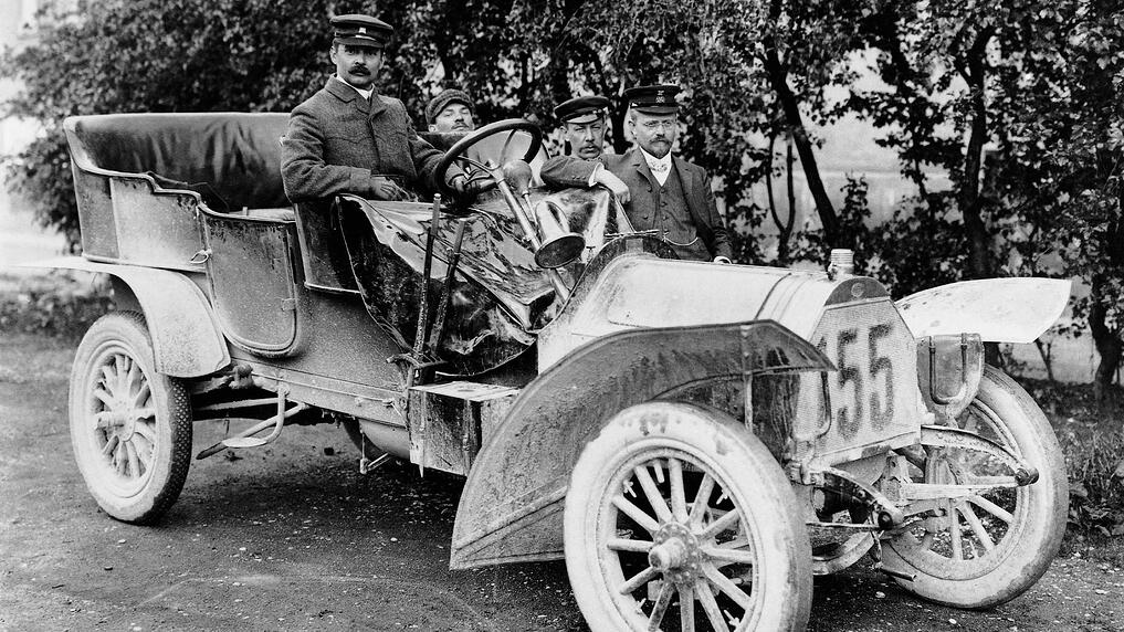 fcpeuro-history-of-audi-horch-racing