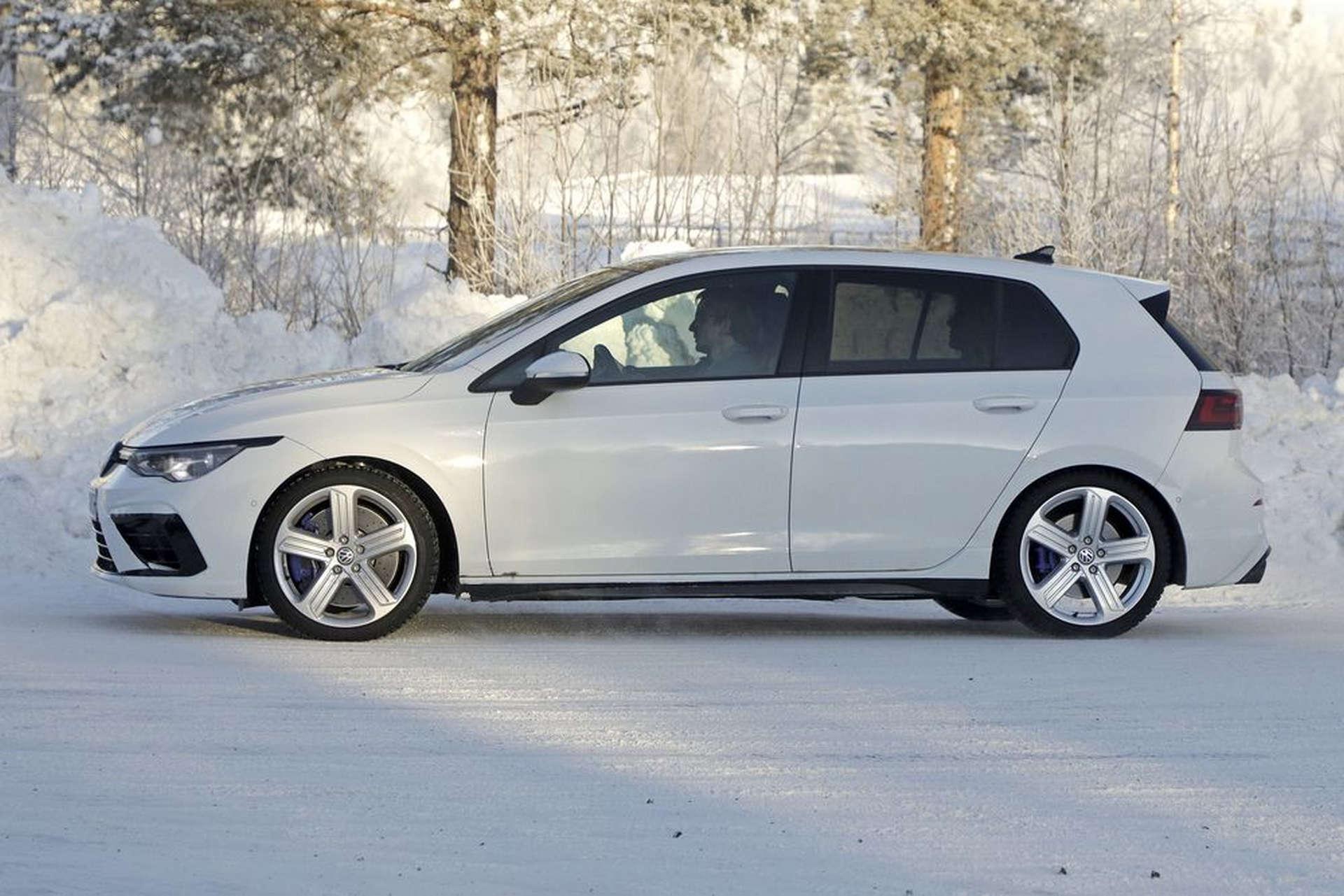 Volkswagen MK8 Golf R Spy Shots Testing Side Profile