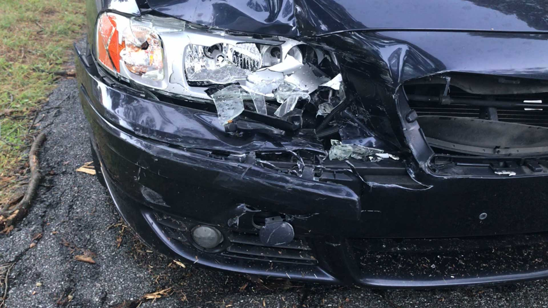 volvo-v70R-damage