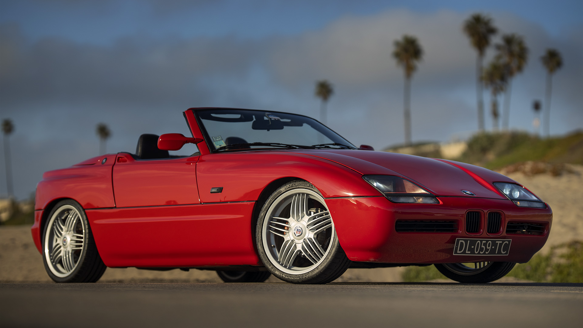 From Paris to Los Angeles - BMW Z1 Roadster