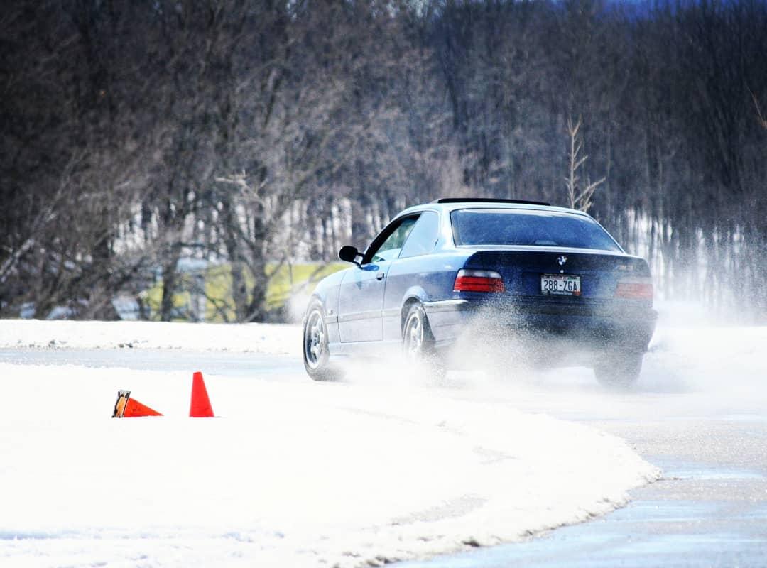 bmw-e36-caged-rally-car-winter-autocross
