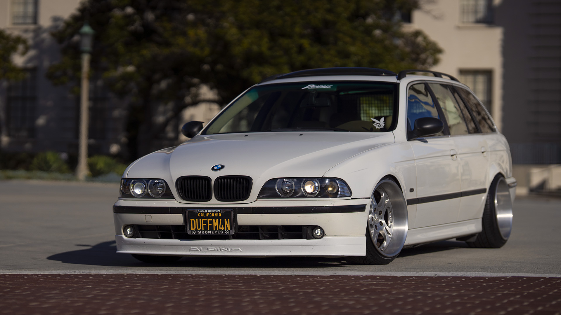 Dead Set On Air - BMW E39 525i Touring