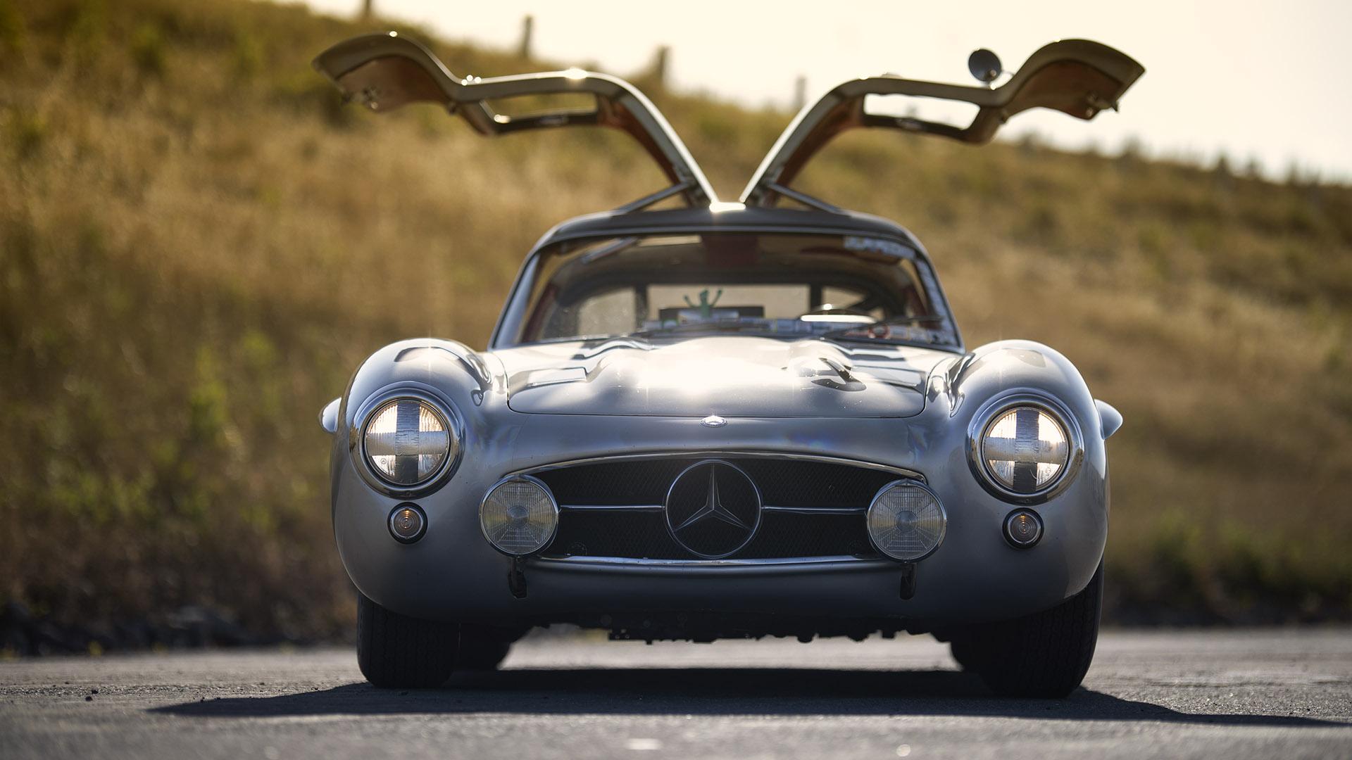 Million-Dollar Daily - 1955 Mercedes-Benz 300SL Gullwing