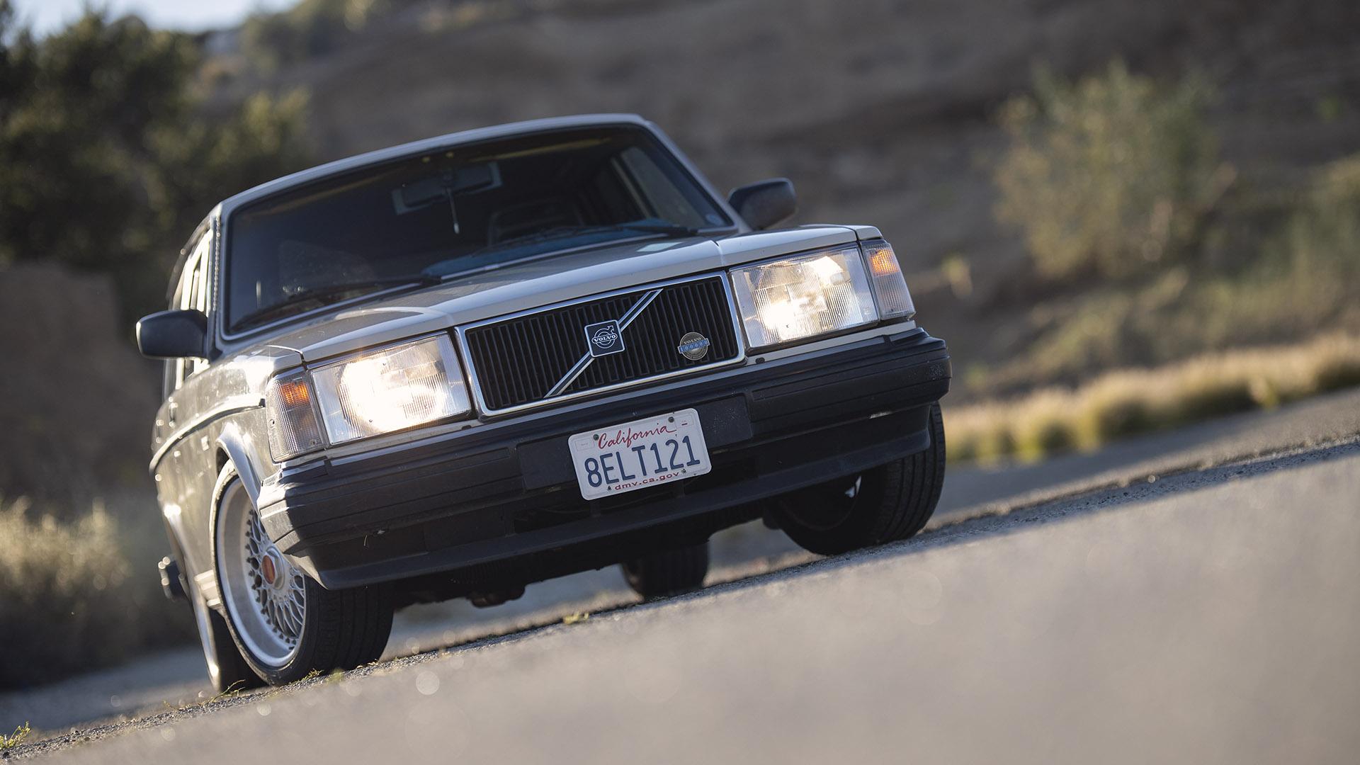 The Enthusiast DIY Spirit – Volvo 245 Wagon