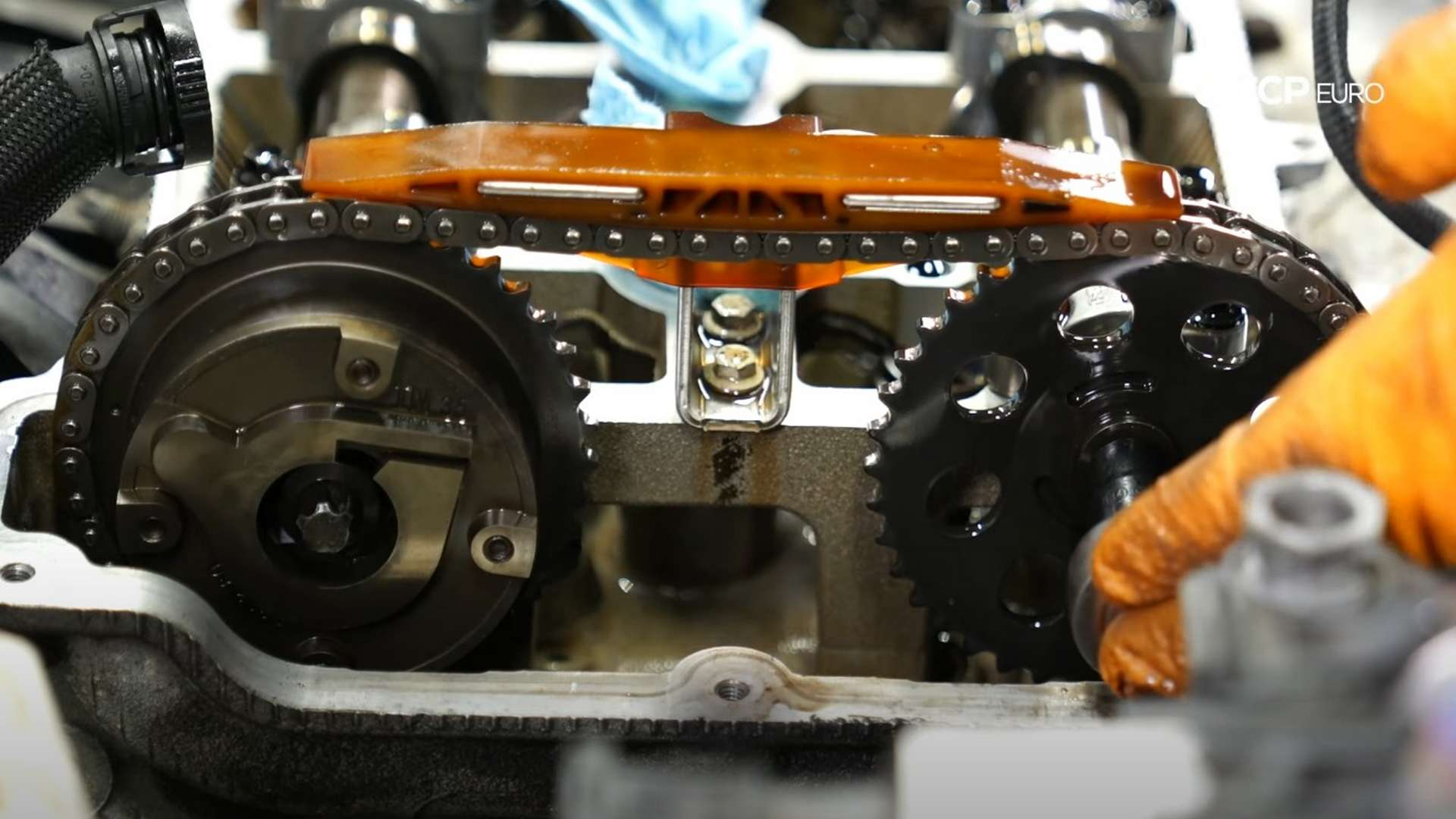 How To Replace An R56 MINI Timing Chain Assembly (N12 & N14 Engine)