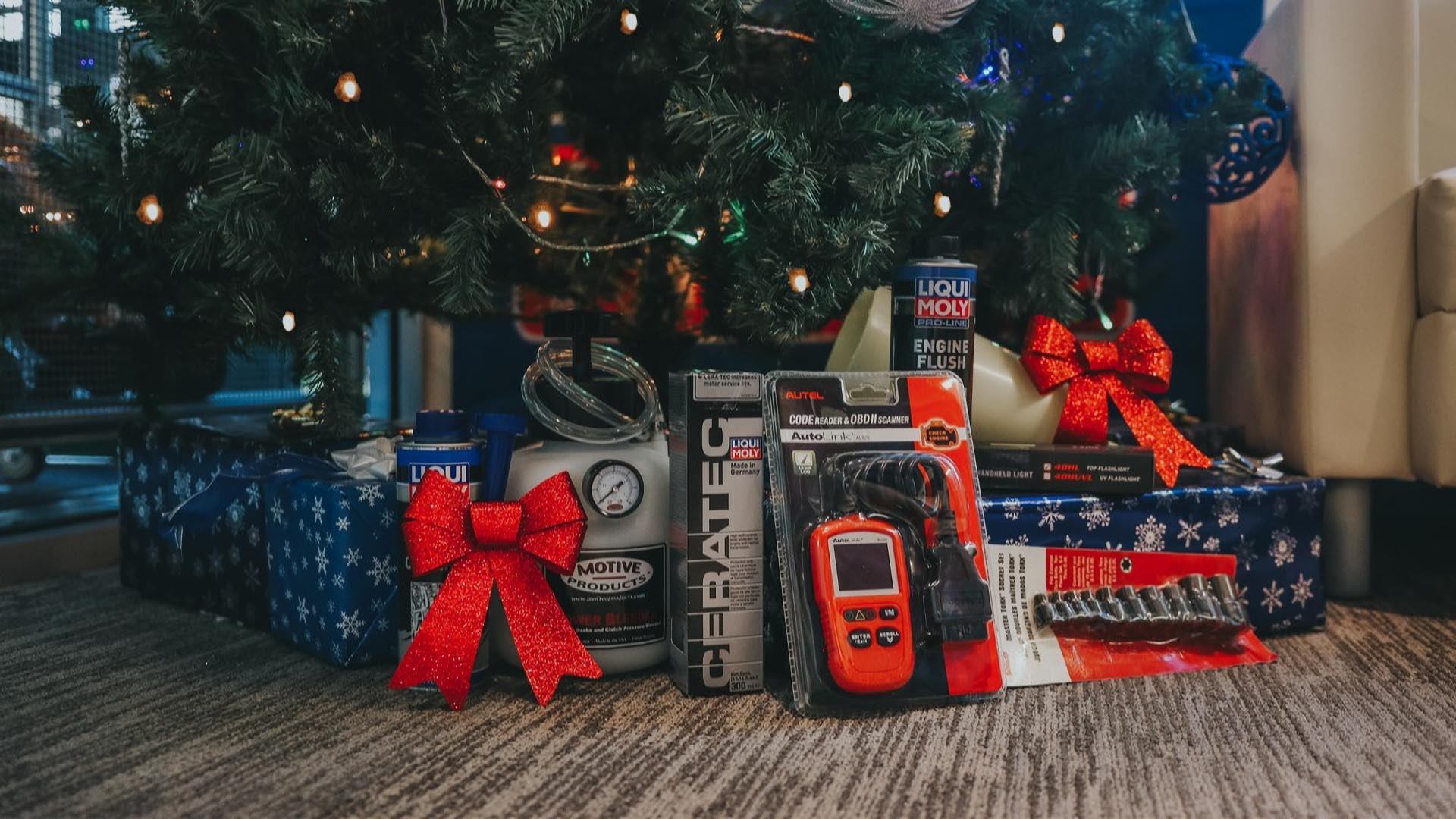 7 Tools To Gift The Car Lover In Your Life This Holiday Season
