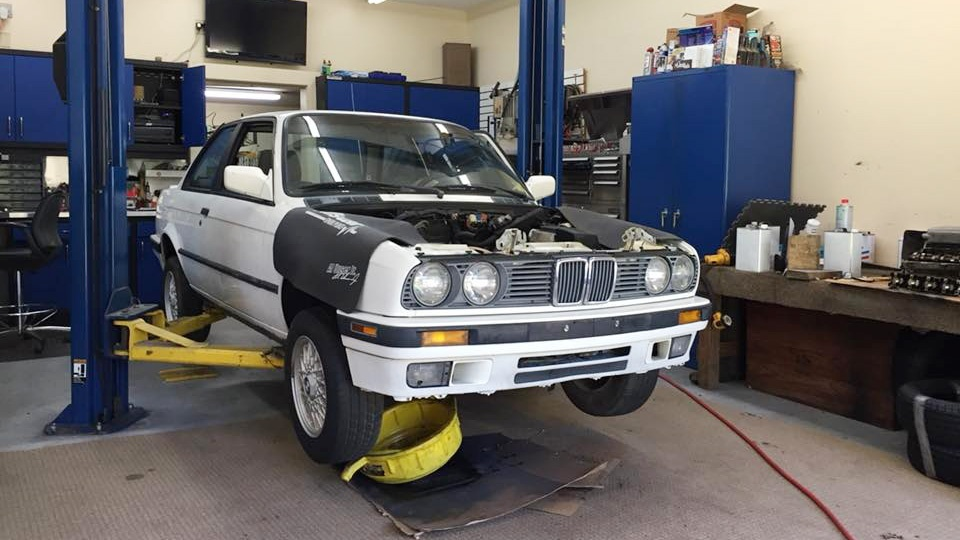 Grassroots Motorsports E30 318iS Project - What's Up with the Engine?