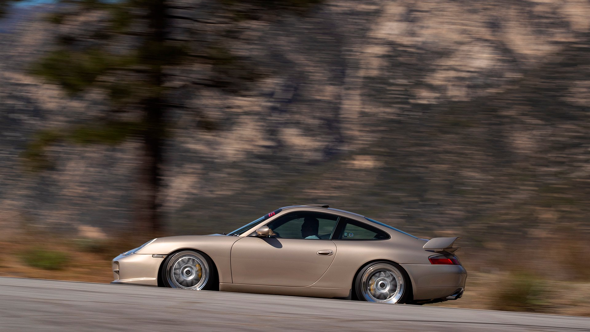 Nine Nine Sick – Porsche 996 911 Carrera 2