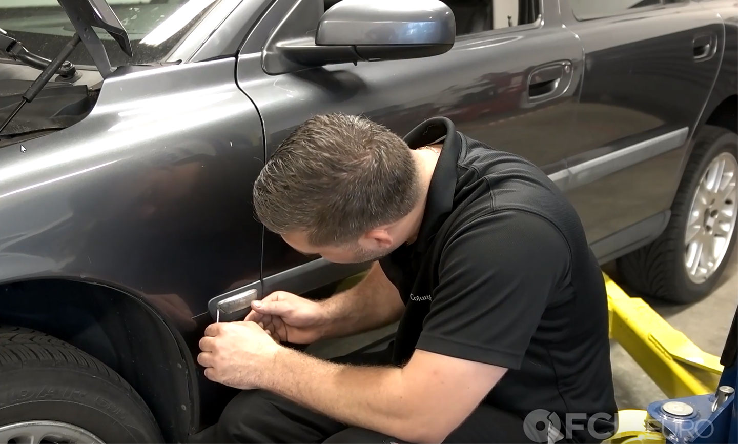 How To Replace Side Marker Lights - Volvo S60, S80, V70, XC70, XC90